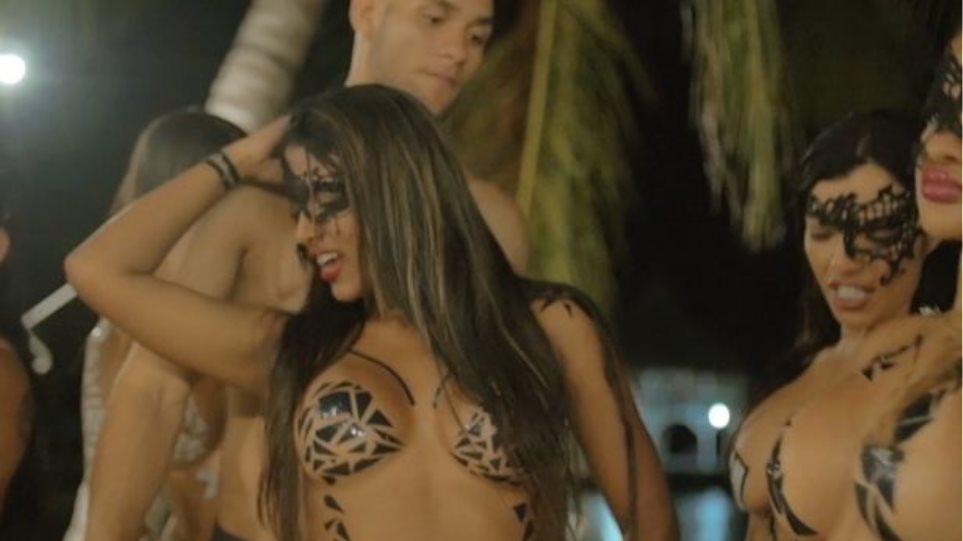 πανέμορφο σεξ βίντεο κοντινό επάνω μουνί έφηβοι