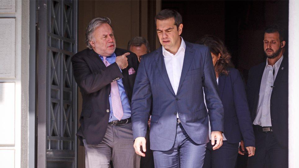 «Στοπ» από τον Τσίπρα στα Προεδρικά Διατάγματα για την επέκταση της αιγιαλίτιδας ζώνης