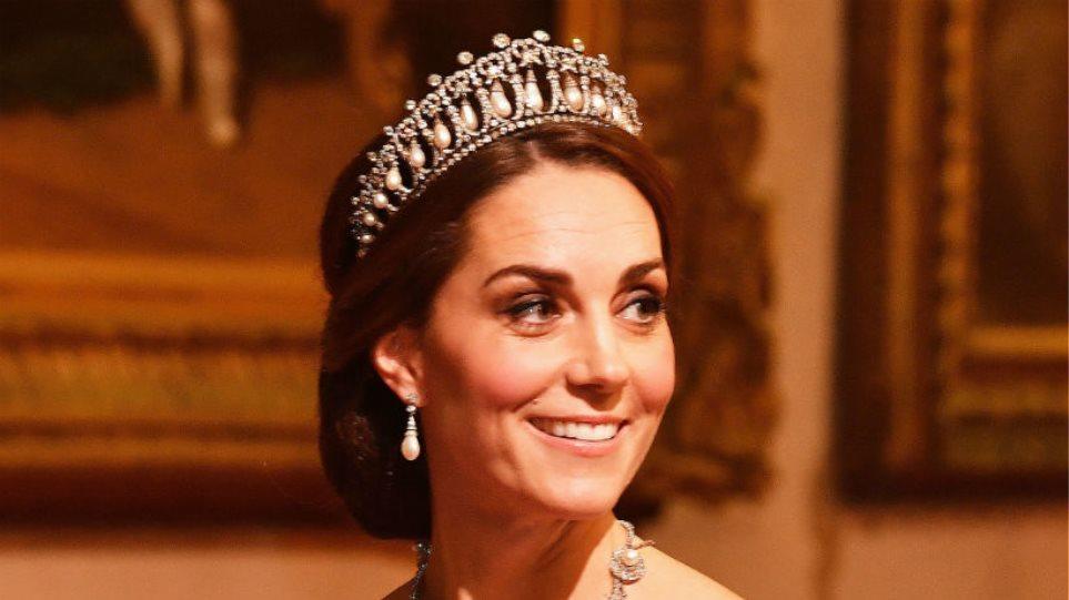 kate-middleton-royal-banquet-t
