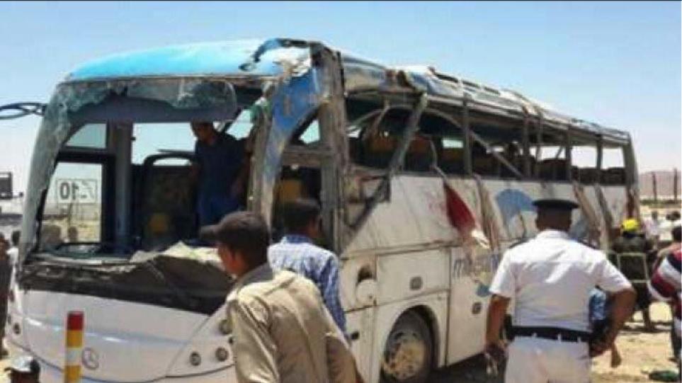 Μακελειό στην Αίγυπτο: Στους 10 αυξήθηκαν οι νεκροί από την επίθεση στους χριστιανούς Κόπτες