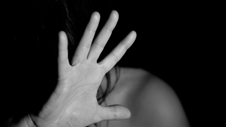 Σε «σύγχυση» βρίσκονται οι Βρετανοί για το τι είναι βιασμός, σύμφωνα με δημοσκόπηση