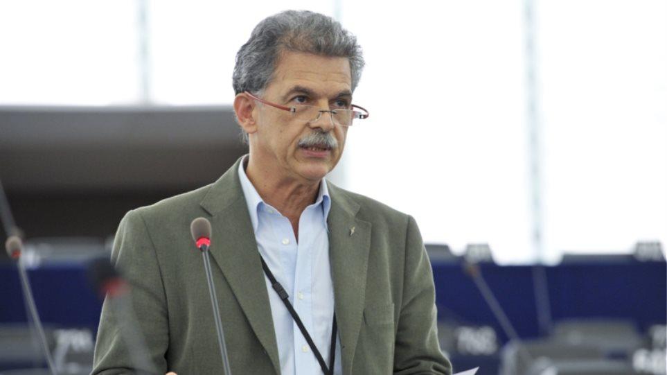 Δανέλλης στο ΘΕΜΑ 104,6: Θα ψηφίσω υπέρ ονόματος που θα περιέχει τον όρο «Μακεδονία»