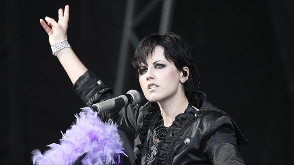 Dolores O' Riordan: Φτωχότερη η διεθνής ροκ σκηνή μετά τον θάνατο της «φωνής» των Cranberries
