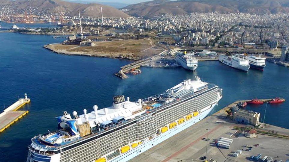 Cosco για λιμάνι Πειραιά: Ξενοδοχεία, πενταώροφα πάρκινγκ και νέος επιβατικός σταθμός