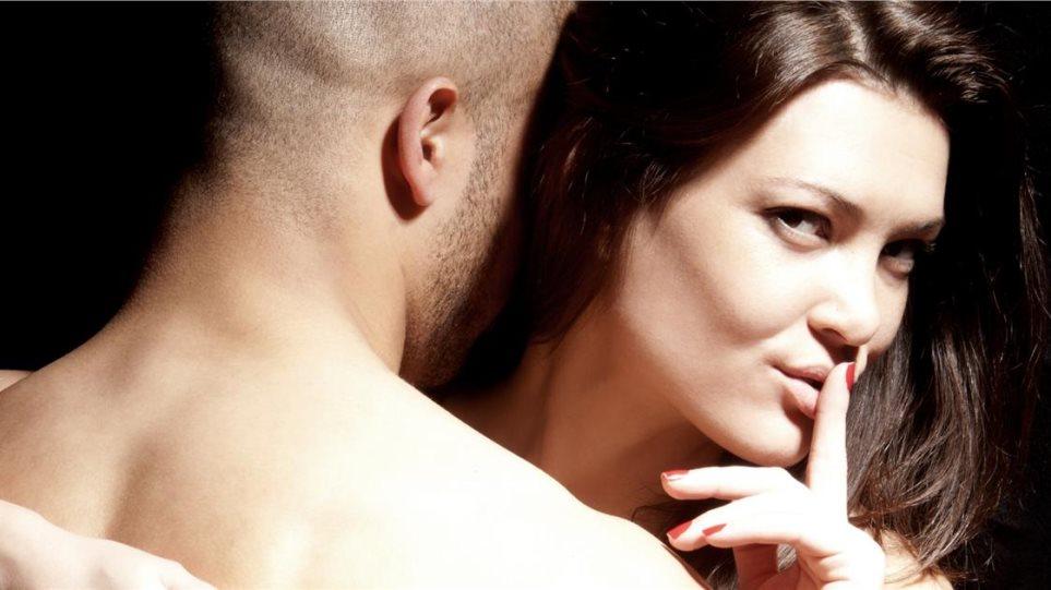 Πώς να μάθετε αν τα ραντεβού σας με έναν παντρεμένο άντρα