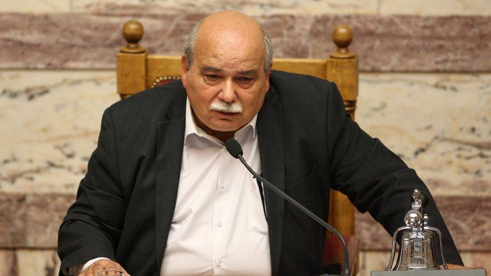 Βούτσης: Παμμακεδονικές οργανώσεις μας απειλούν με θάνατο ή ισόβια για εσχάτη προδοσία!