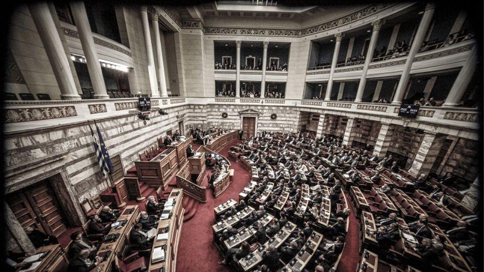Νέα επιστολή Κρητών σε βουλευτές για τα Σκόπια: Θα είστε εχθροί του ελληνικού λαού