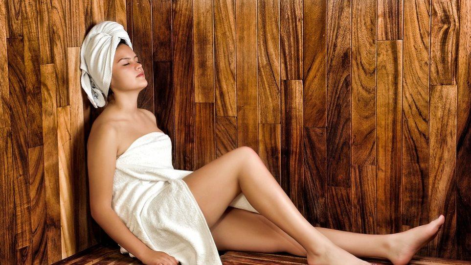 woman-towel