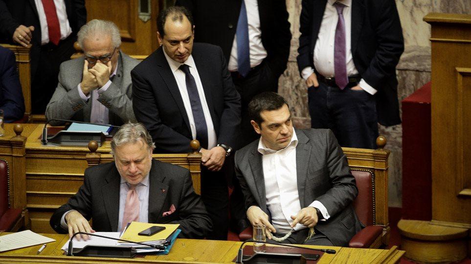 tsipras_koboloi_2