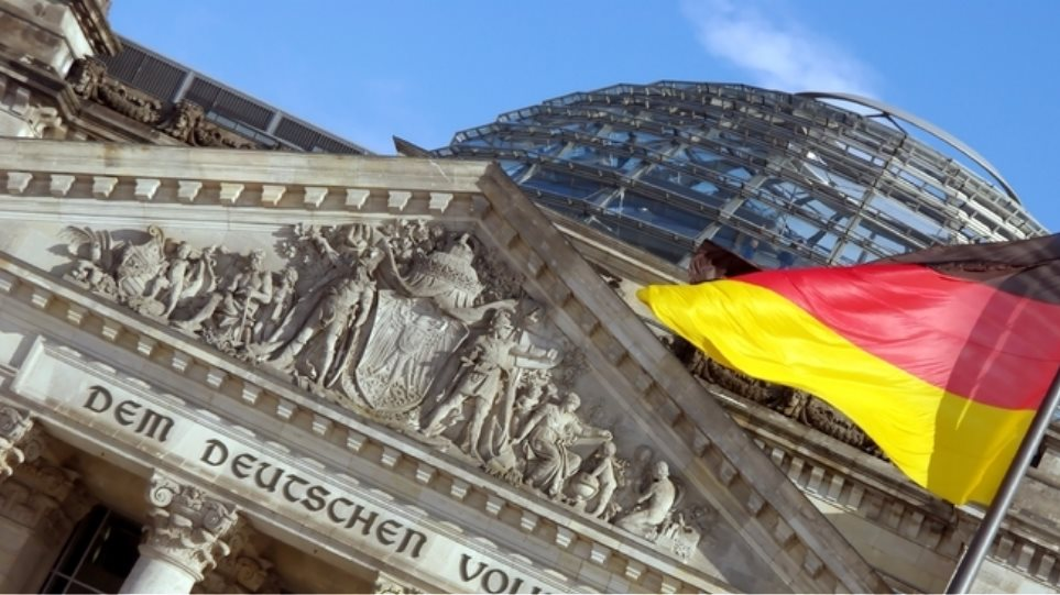 Αντιμέτωπη με ελλείμματα ενδέχεται να βρεθεί η Γερμανία τα επόμενα χρόνια, σύμφωνα με την Bild