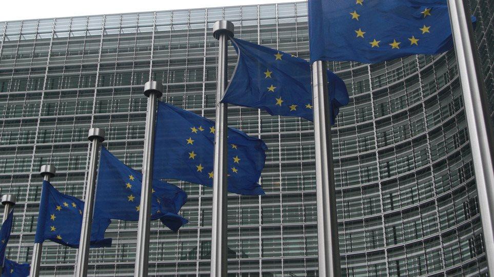 Κομισιόν για Ελλάδα: Ανάκαμψη μόνο με συνέχιση μεταρρυθμίσεων