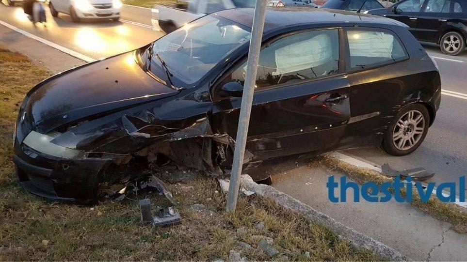 Θεσσαλονίκη: Καραμπόλα οκτώ οχημάτων στην εθνική οδό προς Χαλκιδική