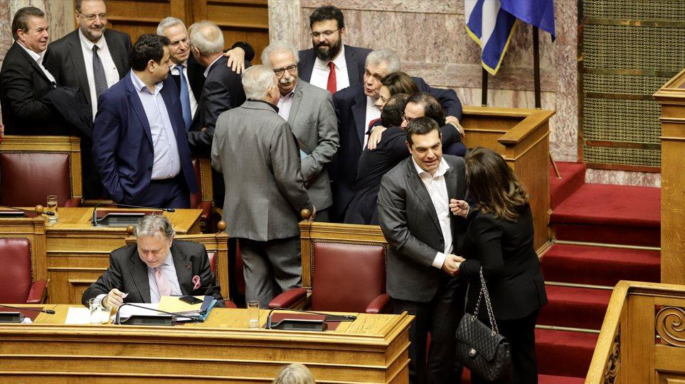 Γκρίνιες στον ΣΥΡΙΖΑ για τον ανασχηματισμό pasokification