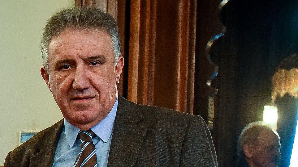 Από υμνητής του Καραμανλή, γενίτσαρος του Τσίπρα, λέει για τον Λακόπουλο ο  Ελενόπουλος