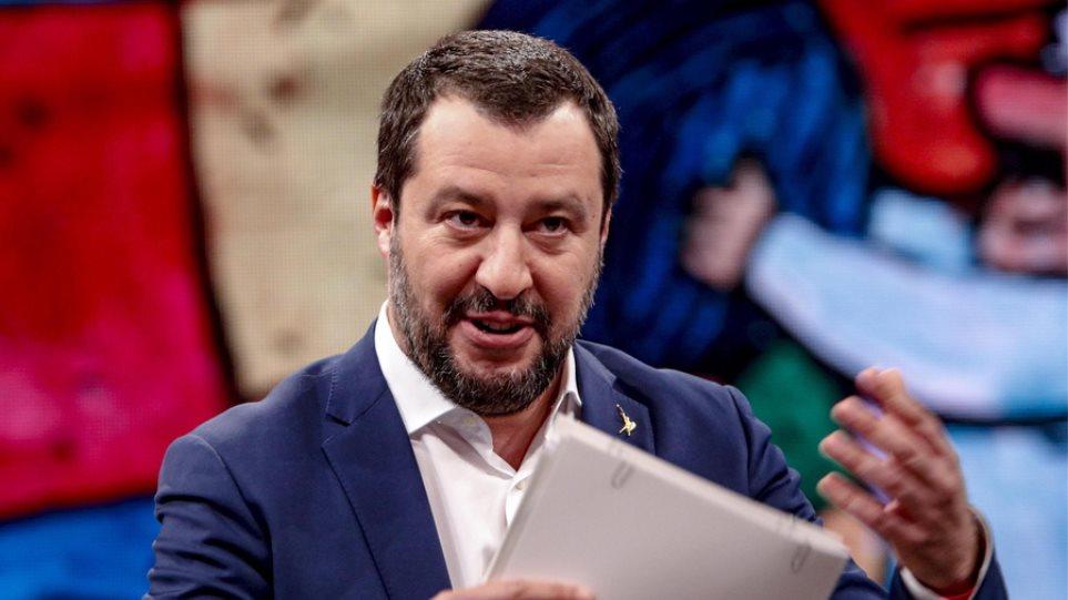 Ιταλία: Υπέρ της παραπομπής σε δίκη του Σαλβίνι, η αρμόδια