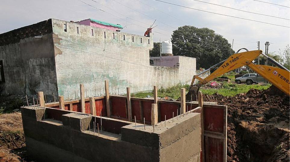 Η Ινδία κατασκευάζει 14 χιλιάδες καταφύγια στα σύνορα με το Πακιστάν