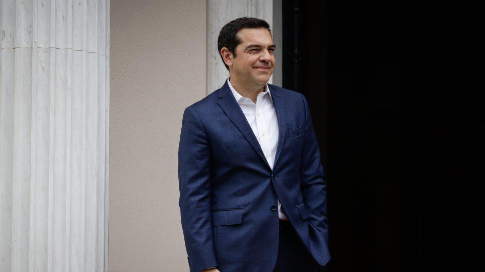 Τις δημοσκοπήσεις του Απριλίου περιμένει ο Τσίπρας για να αποφασίσει πότε θα γίνουν εκλογές