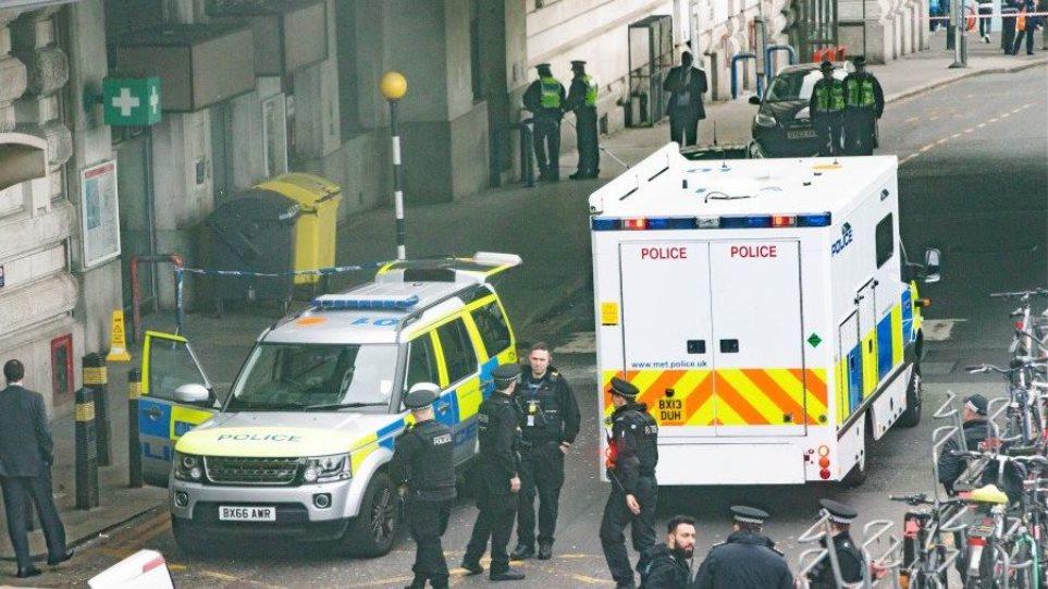 Βρετανία: Ο «Νέος IRA» πίσω από τα τρία πακέτα βόμβες;