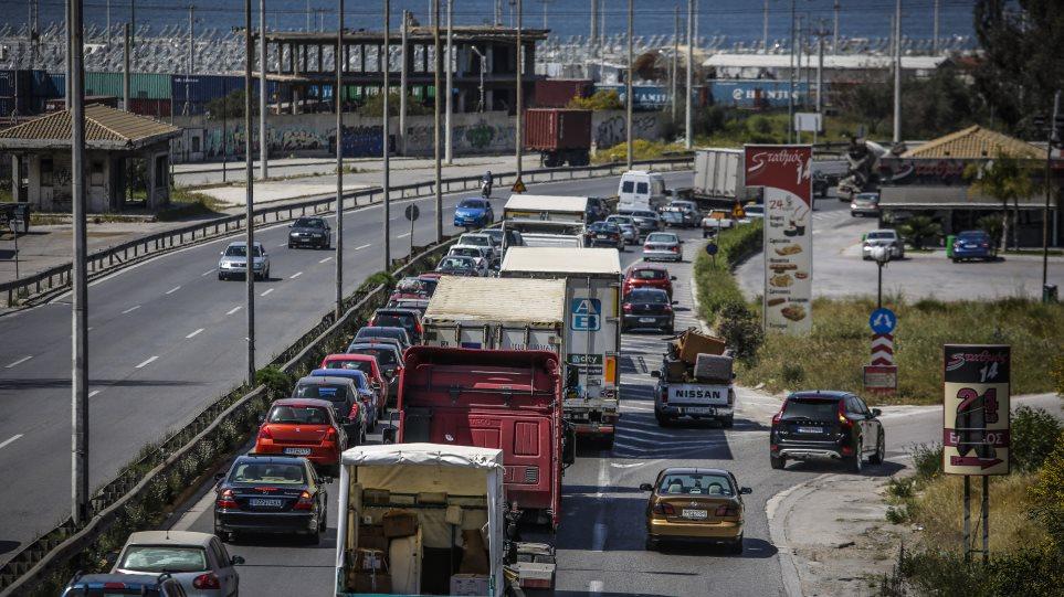 Τριήμερο Καθαράς Δευτέρας: Πού θα ισχύσει απαγόρευση κυκλοφορίας φορτηγών