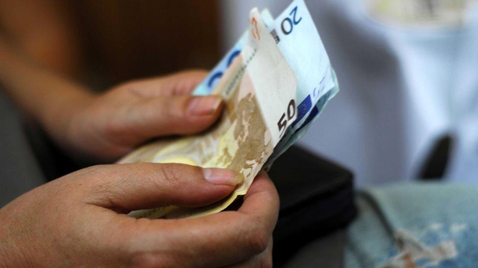 Μειώθηκαν κατά €2,6 εκατ. ως το τέλος Αυγούστου οι ληξιπρόθεσμες οφειλές των νοικοκυριών