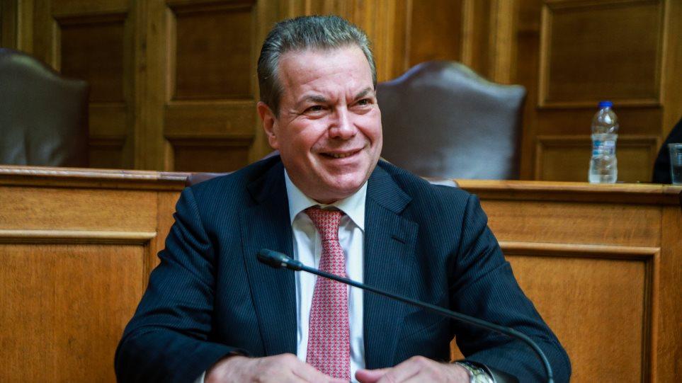 Πετρόπουλος: Το 90% των επαγγελματιών θα πληρώνουν εισφορές έως 200 ευρώ τον μήνα