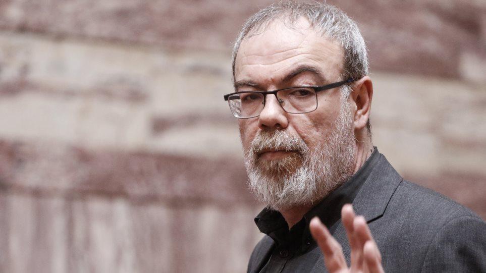 Μετά το σάλο ο Κυρίτσης χαρακτηρίζει «λανθασμένη» τη δήλωση για τους νεκρούς και τις μολότοφ