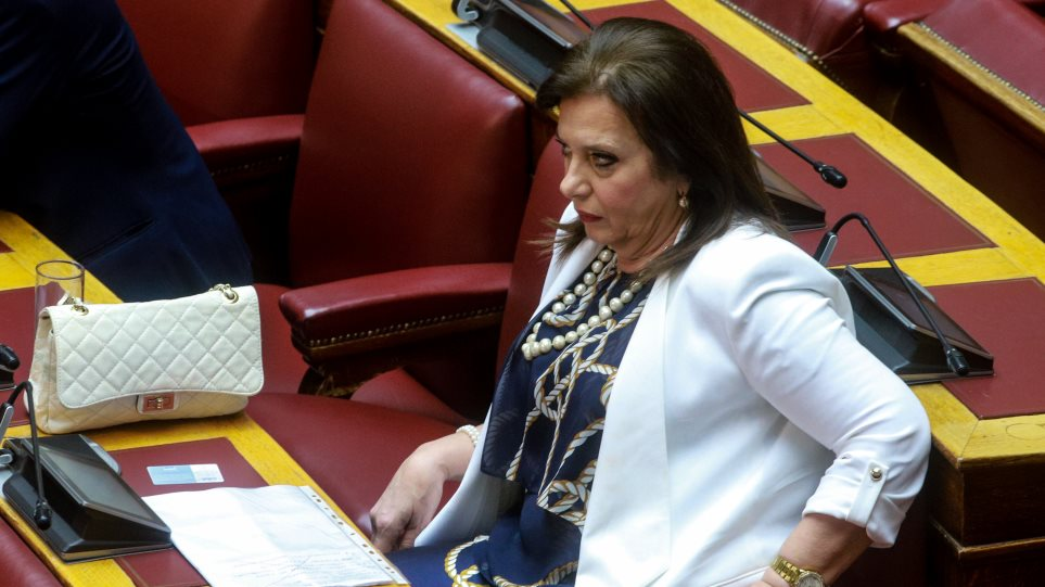 «Έκρηξη» Μεγαλοοικονόμου στο καφενείο της Βουλής: Θα τα μπουμπουνίσω όλα στη σημερινή ψηφοφορία