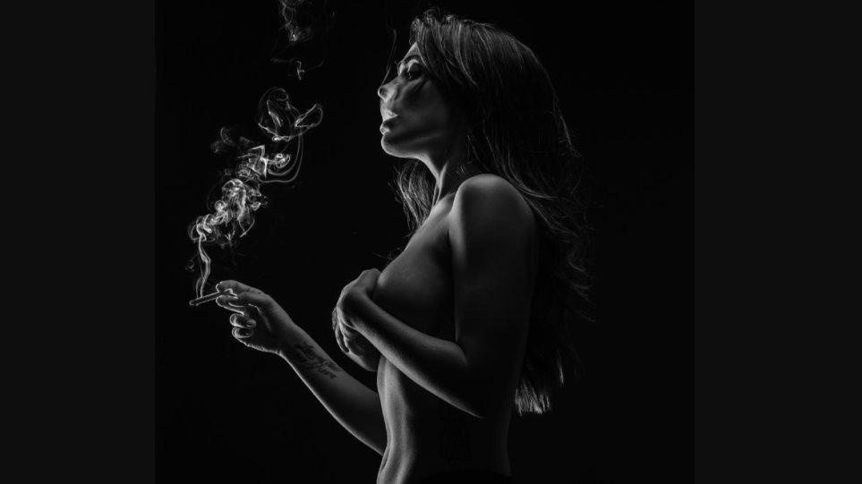 εικόνα του καυτά γυμνό κορίτσι
