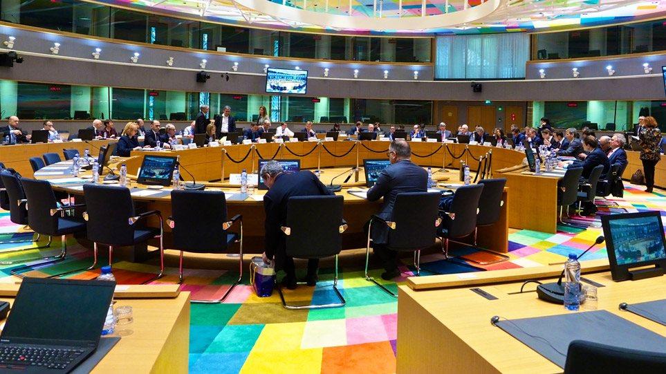 «Ναυάγιο» και στο EuroWorking Group για την α' κατοικία, στην Τρόικα οι αποφάσεις