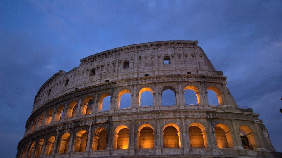 Brain drain και στην Ιταλία: Πάνω από 800.000 Ιταλοί μετανάστευσαν στο εξωτερικό την τελευταία δεκαετία