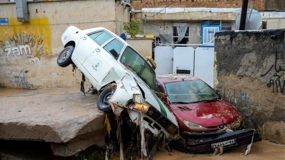 Ιράν: Στους 62 ανήλθε ο αριθμός των νεκρών από τις καταστροφικές πλημμύρες