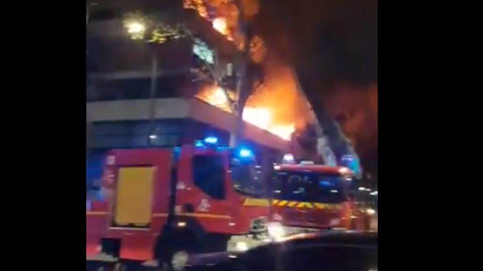 Ισχυρή έκρηξη σε πολυώροφο κτήριο στο Παρίσι