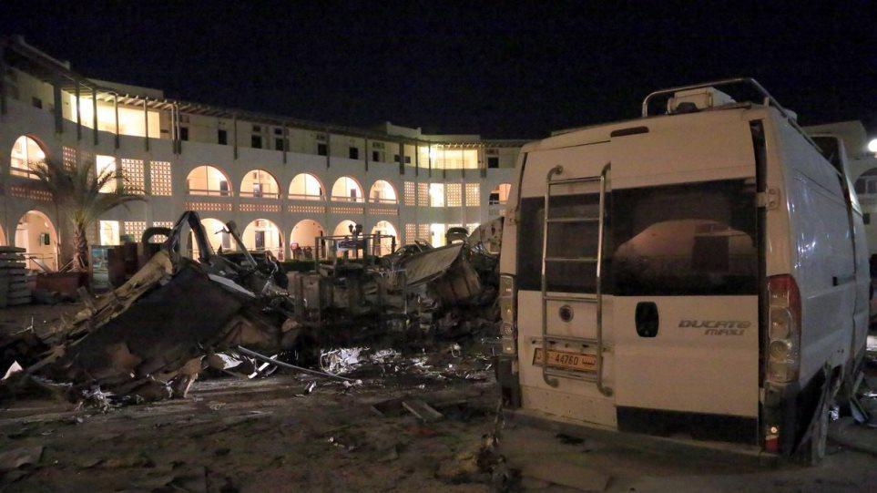 Λιβύη: Τουλάχιστον 21 νεκροί από την επίθεση του στρατάρχη Χαλίφα Χάφταρ
