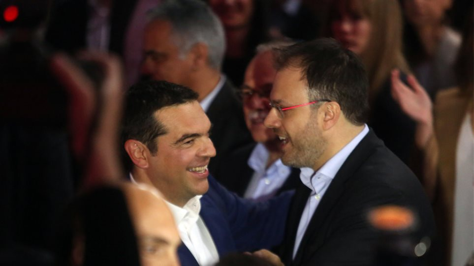 theoxaropoulos_tsipras