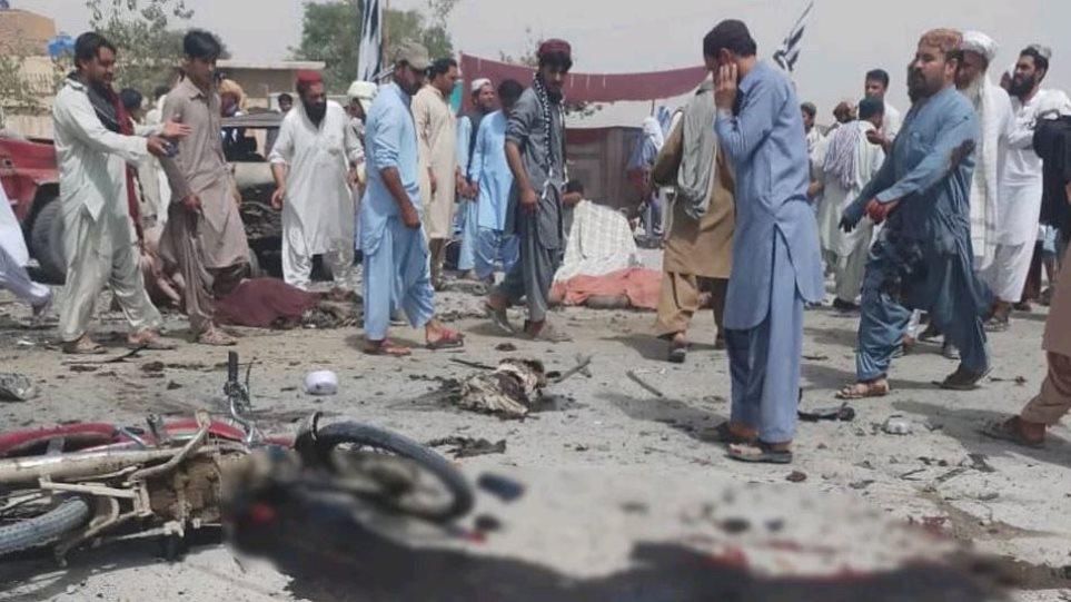 Μακελειό στο Πακιστάν: 20 νεκροί από επίθεση καμικάζι σε υπαίθρια αγορά
