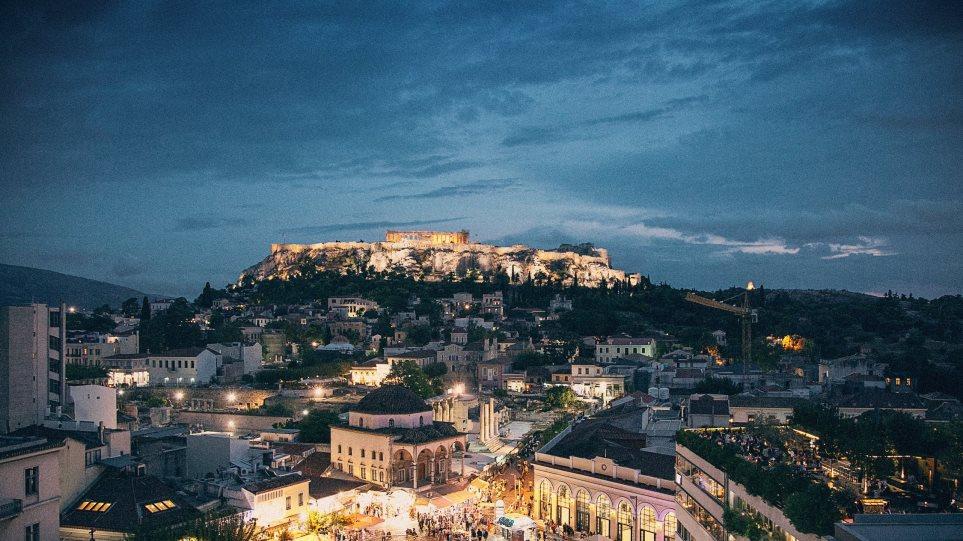 Τουρίστες ξεκίνησαν από την Κολομβία για την Ελλάδα και βρέθηκαν σε λάθος… Αθήνα