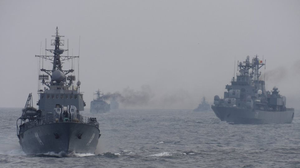 Πλοίο του Πολεμικού Ναυτικού σε άσκηση στη Μαύρη Θάλασσα
