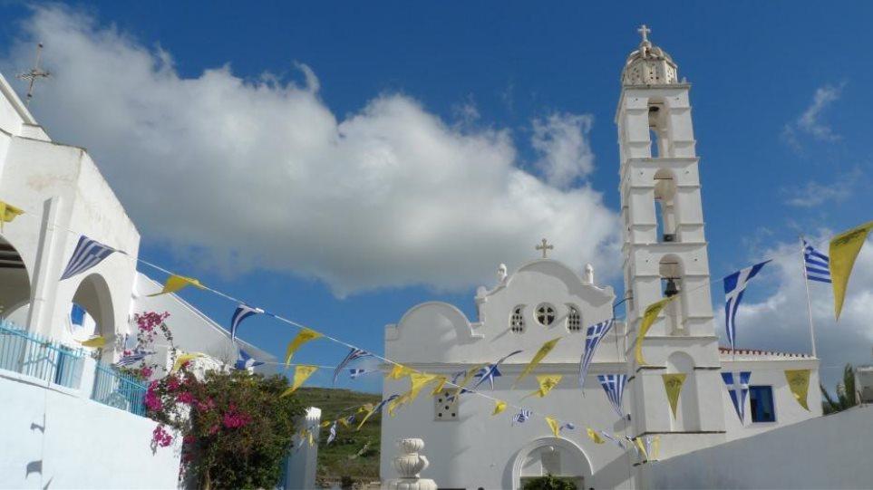 Σπείρα «ποντικών» κάνει πλιάτσικο σε ναούς της Τήνου - Αρπάζουν εικόνες, τιμαλφή και το σκάνε με σκάφη!