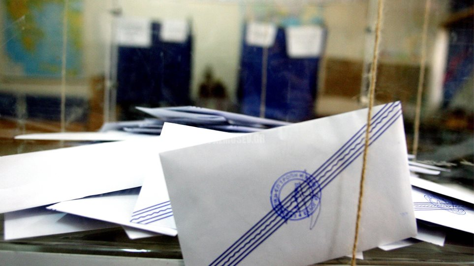 Αυτοδυναμία της ΝΔ στις εθνικές εκλογές βλέπουν νέες δημοσκοπήσεις