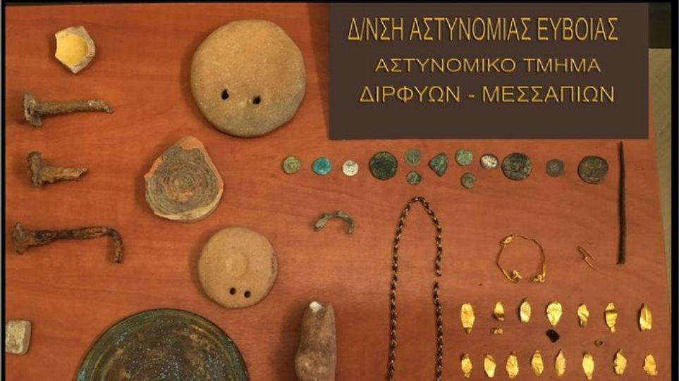 Μουσείο με αρχαία από συλημένο τάφο σε σπίτι στην Εύβοια