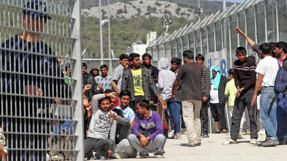 Προσφυγικό «ώρα μηδέν»: Έκτακτο ΚΥΣΕΑ - Παίρνουν 1.000 μετανάστες από τη Μόρια