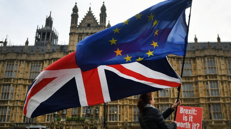 «Το δημοψήφισμα για το Brexit ήταν κακή ιδέα» λέει η πλειοψηφία των Βρετανών