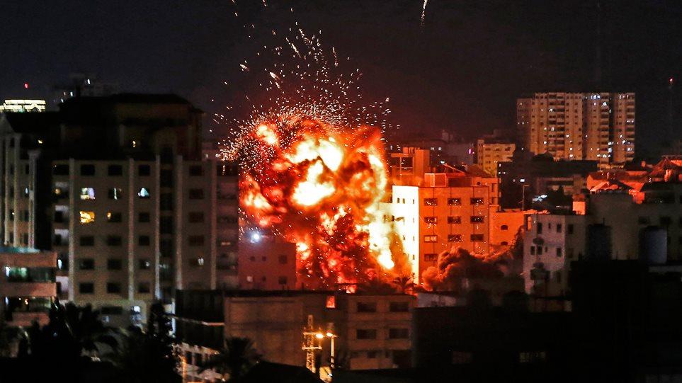 Σκηνικό πολέμου στο Ισραήλ: Έξι Παλαιστίνιοι νεκροί κι ένας Ισραηλινός