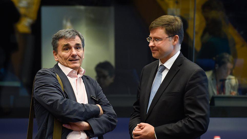Ντομπρόβσκις: Η Ελλάδα να τηρήσει τους συμφωνημένους δημοσιονομικούς στόχους