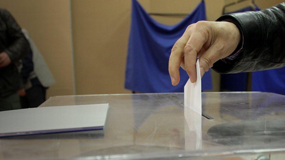 Μπροστά με 10,2 μονάδες η ΝΔ έναντι του ΣΥΡΙΖΑ στο πρώτο γκάλοπ μετά τις ευρωεκλογές