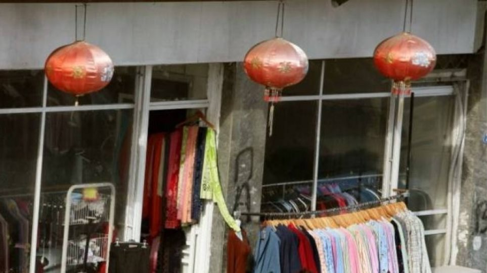 1e65ca0ea2f8 ΑΑΔΕ  Επιχείρηση «Red Dragon» κατά της φοροδιαφυγής στα κινέζικα ρούχα