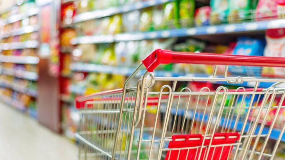 Στο 13% από την ερχόμενη Δευτέρα ο ΦΠΑ σε τρόφιμα και εστίαση