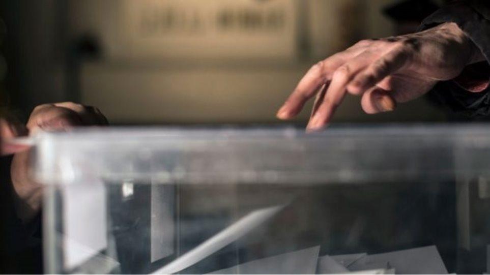 Η πρόβλεψη του δημοσκόπου Γιάννη Μαυρή για τις ευρωεκλογές