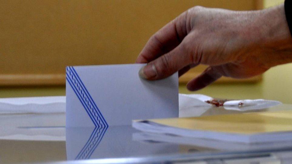 «Ναυάγιο» ΣΥΡΙΖΑ στο νότιο Αιγαίο: Στις 14 μονάδες η διαφορά από τη ΝΔ