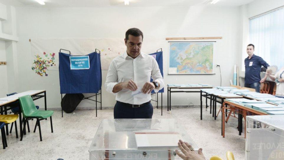 tsipras-psifizei-ena